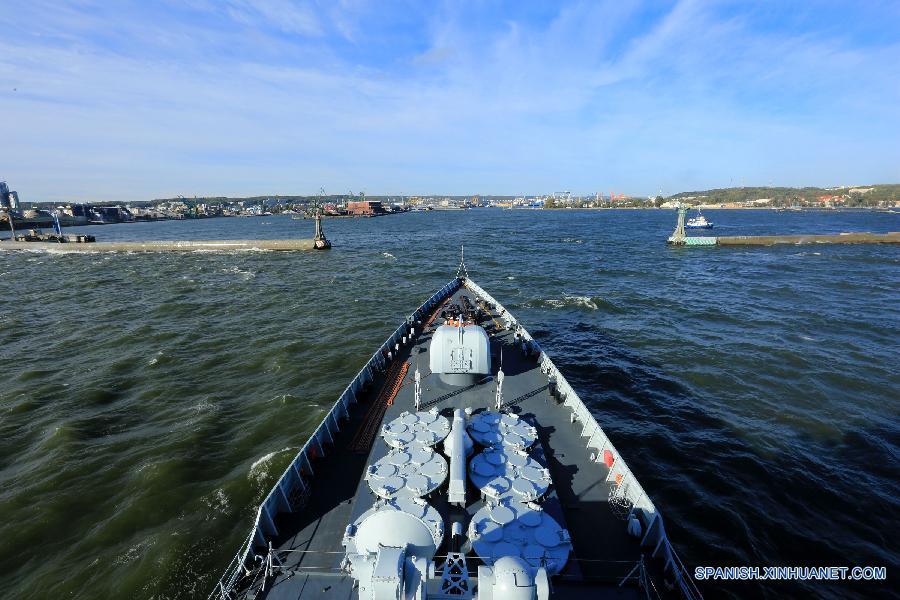 (国际)(3)中国海军舰艇编队抵达波兰进行首访