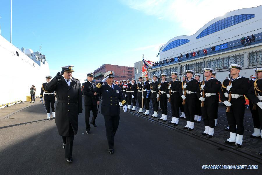 (国际)(1)中国海军舰艇编队抵达波兰进行首访