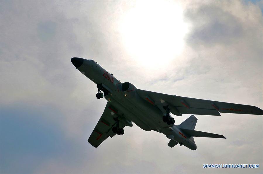 (军事)(3)中国空军轰-6K等多型飞机赴西太平洋远海训练 同时出动轰-6K和多型歼击机预警机警巡东海防空识别区