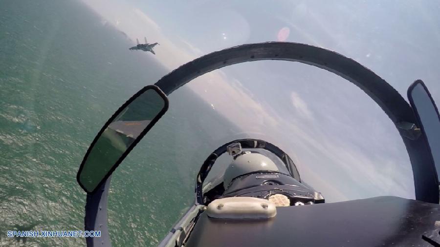 Aviones de la Fuerza Aérea china, incluidos bombarderos H-6 y cazas Su-30, han inspeccionado el espacio aéreo alrededor de las islas Nansha y Huangyan en el Mar Meridional de China, informó hoy sábado Shen Jinke, portavoz de la Fuerza Aérea del Ejército Popular de Liberación (EPL).