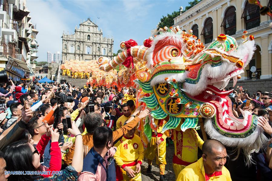 Celebraci n de a o nuevo lunar chino en macao spanish for Espectaculo chino en mexico