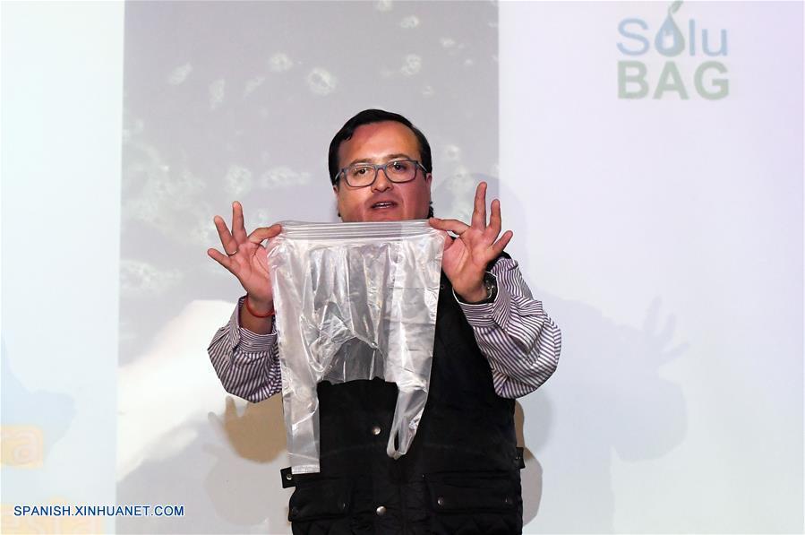 CHILE-SANTIAGO-BOLSAS DE PLASTICO-INNOVACION