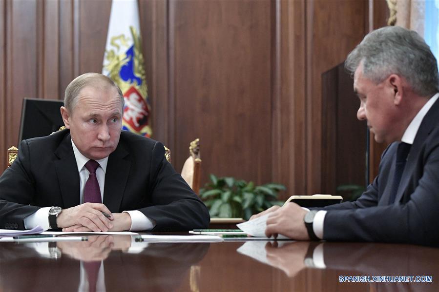 RUSIA-MOSCU-PUTIN-REUNION-MISILES