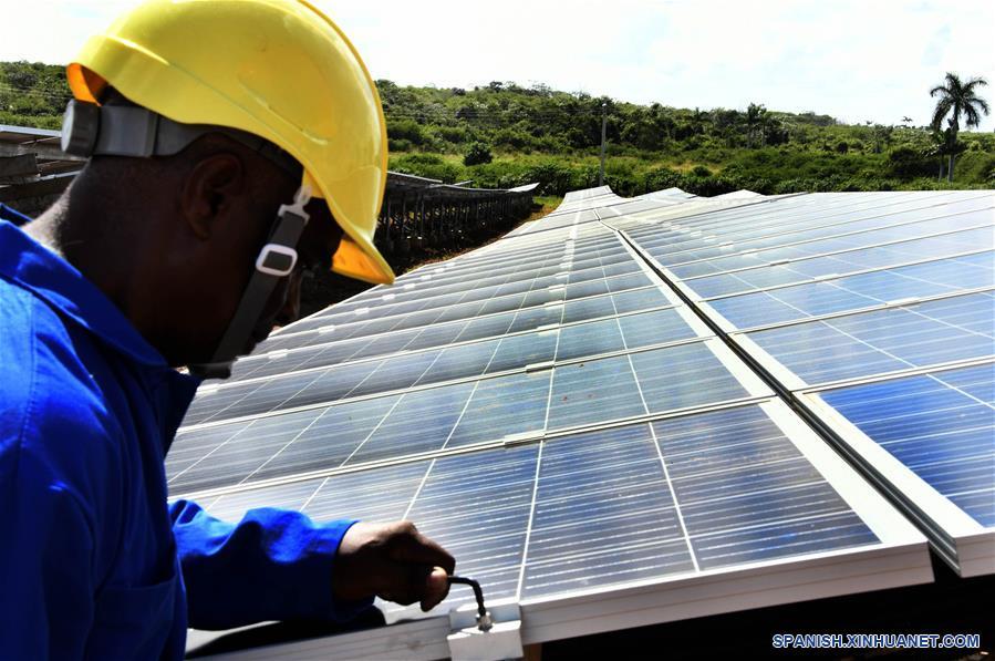 CUBA-PINAR DEL RIO-CHINA-ENERGIA SOLAR