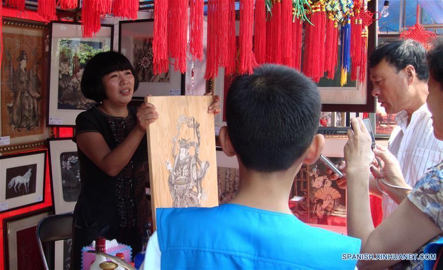CHINA-HEILONGJIANG-ARTESANIAS