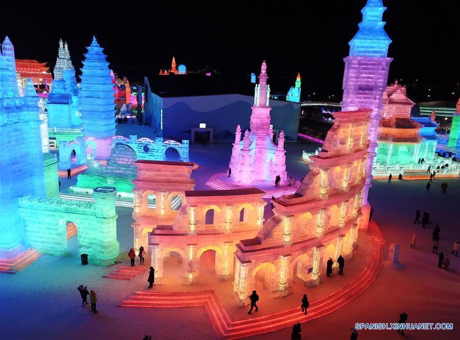 CHINA-HEILONGJIANG-FESTIVAL DE HIELO Y NIEVE