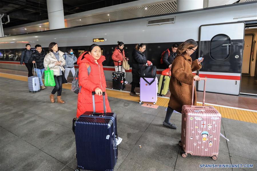CHINA-GUIYANG-FESTIVAL DE PRIMAVERA-FIN DE LAS VACACIONES-PICO DE VIAJES