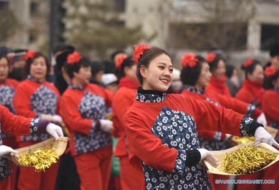 CHINA-SHANXI-FESTIVAL DE LOS FAROLES-CELEBRACION