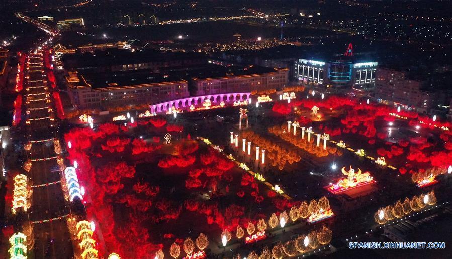 CHINA-TIANJIN-FESTIVAL DE LA LINTERNA-CELEBRACION
