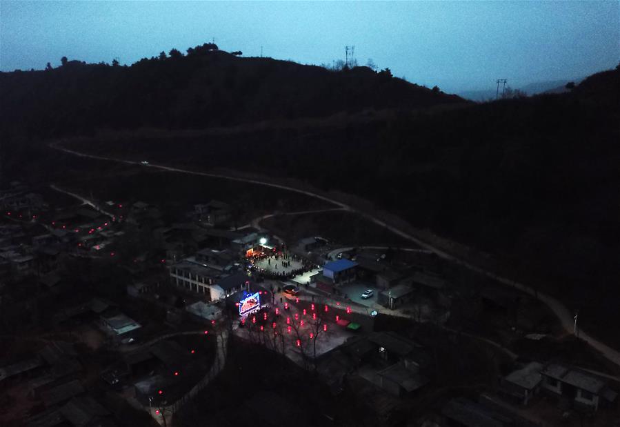 CHINA-GANSU-FESTIVAL DE LA LINTERNA
