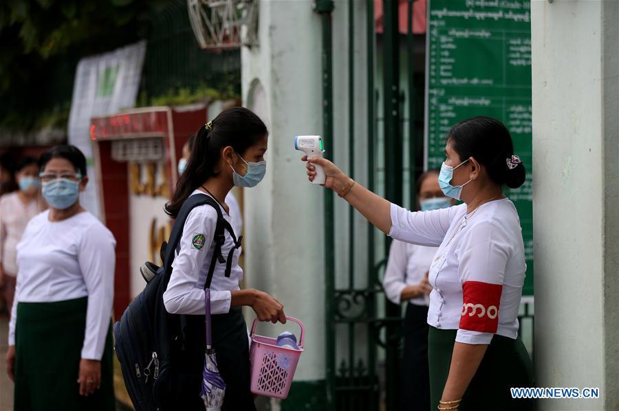 MYANMAR-YANGON-COVID-19-PREPARATORIAS-REAPERTURA