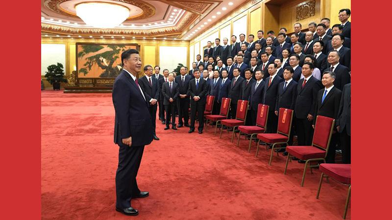 Xi se reúne con destacados secretarios del Partido a nivel distrital
