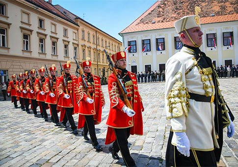 Ceremonia de Cambio de Guardias en Zagreb, Croacia