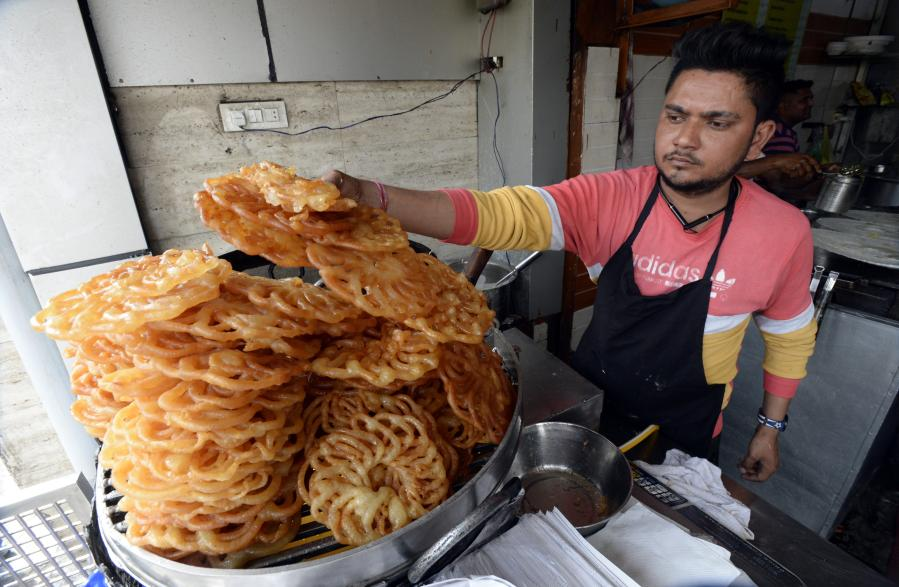"""Jalebi"", bocadillo dulce popular en Pakistán, India y Bangladesh"